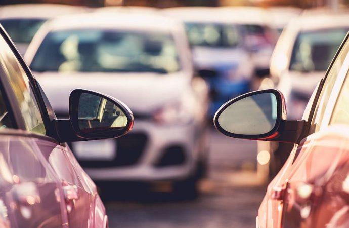 Ile kosztuje parking na lotnisku w Modlinie?