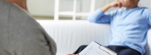 Jak wygląda psychoterapia w leczeniu alkoholizmu?